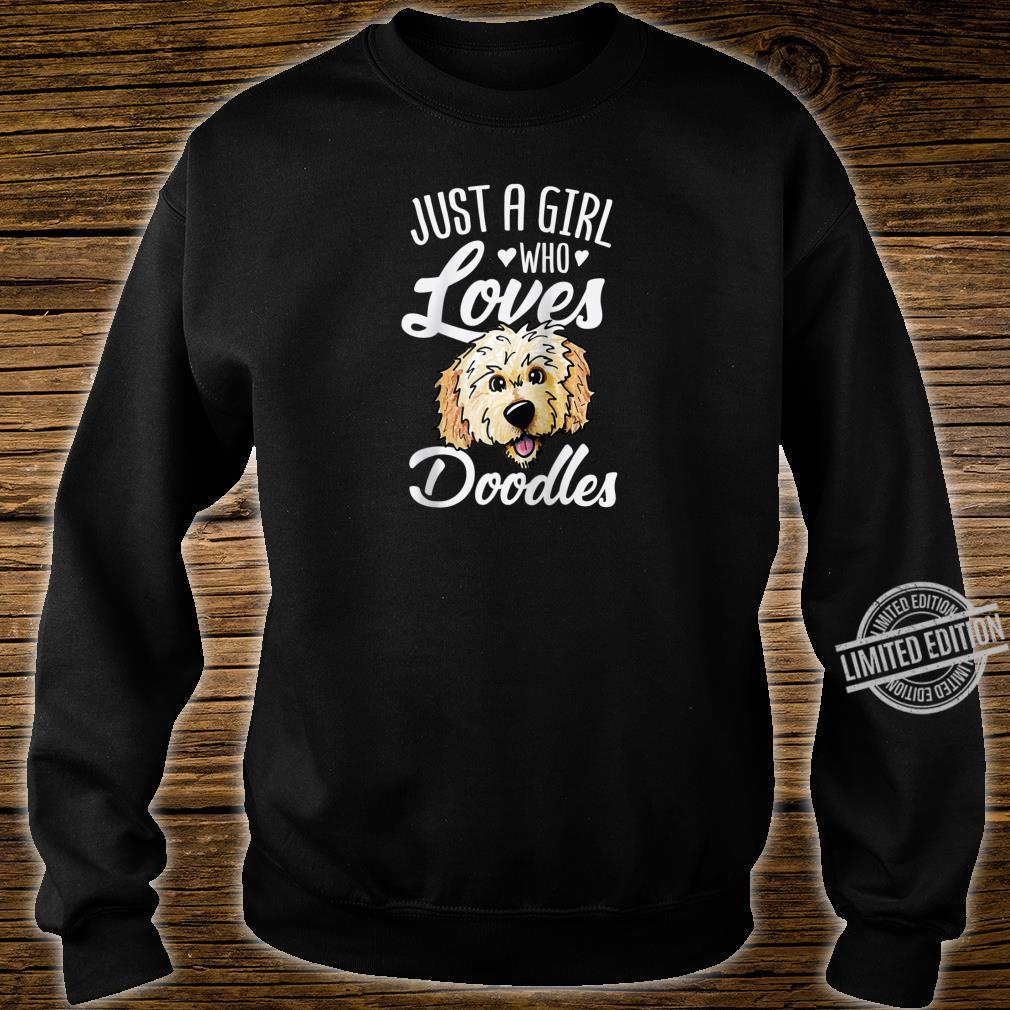 Just A Girl Who Loves Doodles Cute Golden Doodle Dog Shirt sweater