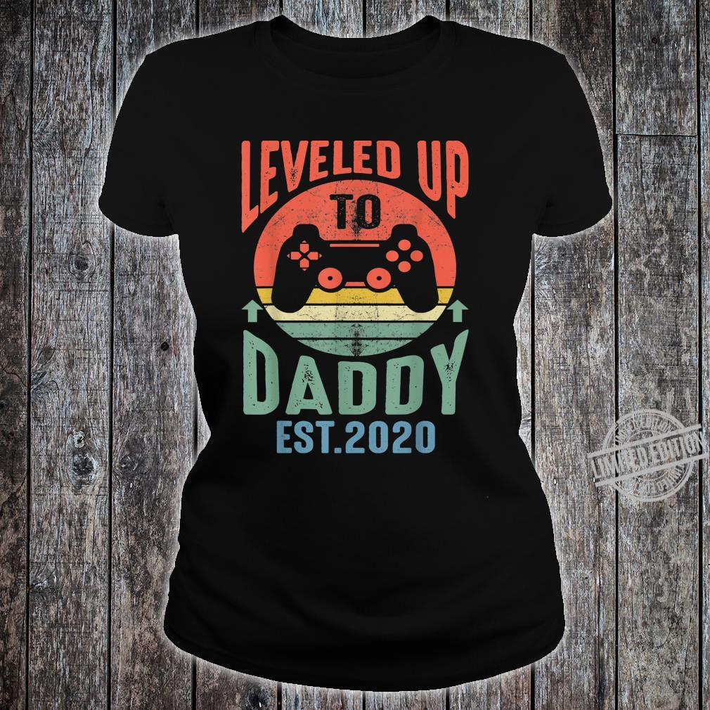 Mens I Leveled up to Daddy 2020 Promoted to Daddy Est 2020 Shirt ladies tee