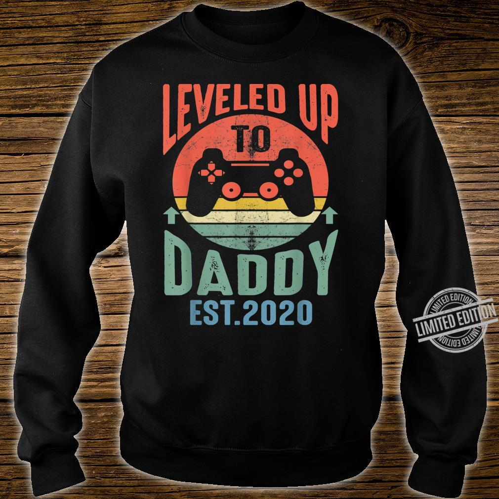 Mens I Leveled up to Daddy 2020 Promoted to Daddy Est 2020 Shirt sweater