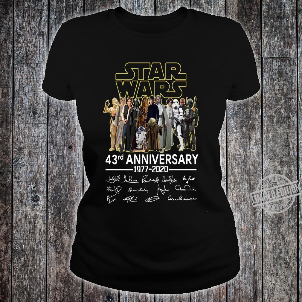 Star War 43rd Anniversary 1977 - 2020 And Signatures Men Shirt ladies tee