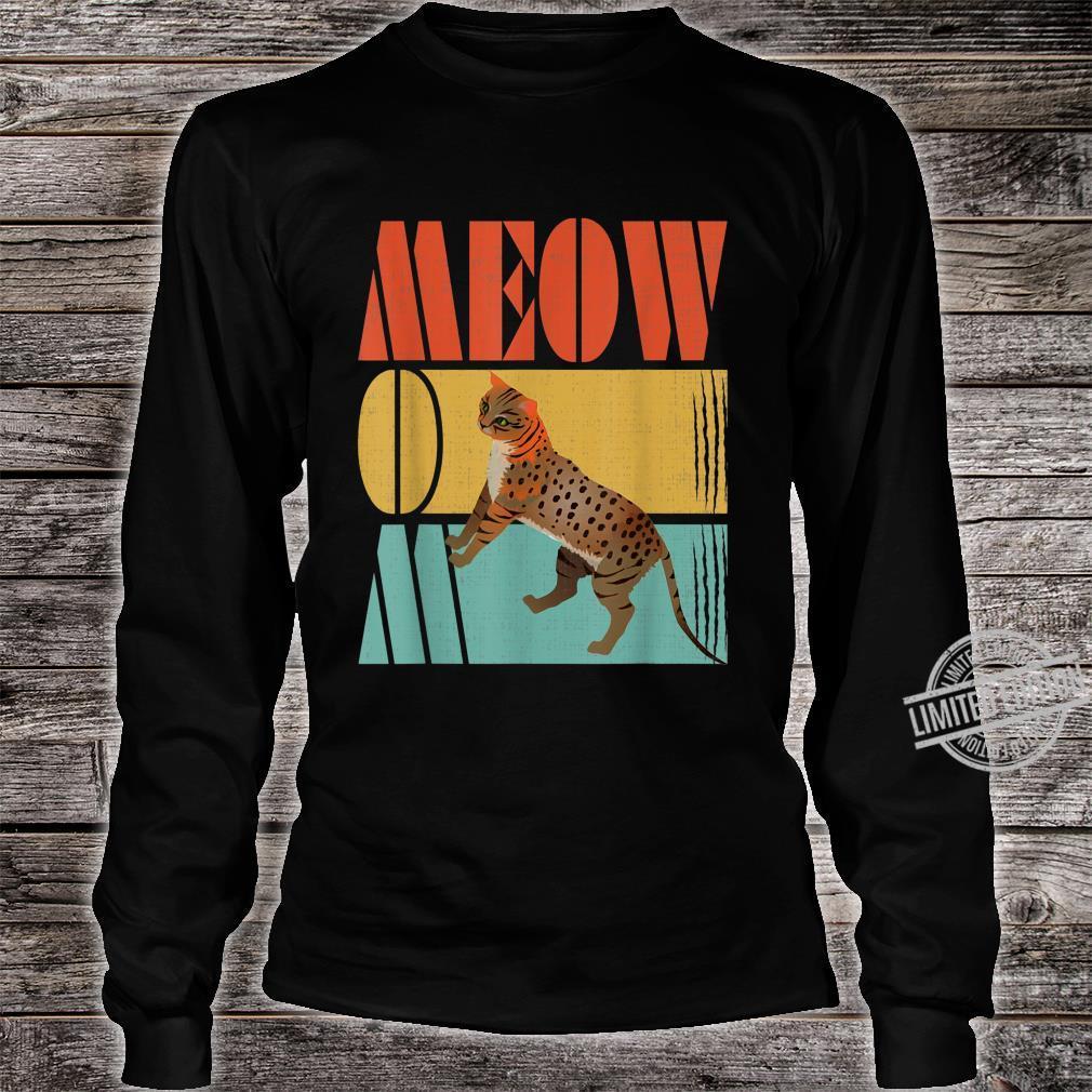 Vintage Retro Meow Mom Cute Ocicat Cats Shirt long sleeved