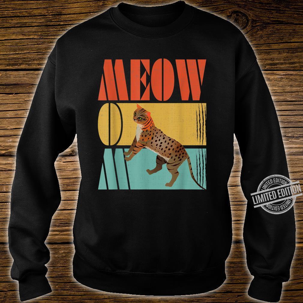 Vintage Retro Meow Mom Cute Ocicat Cats Shirt sweater
